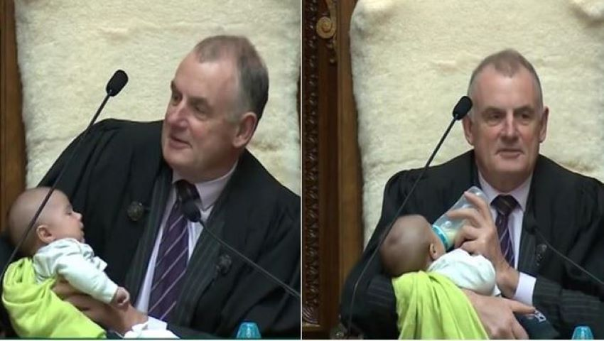 Foto: Președintele Parlamentului din Noua Zeelandă a hrănit un bebeluș în timpul ședinței