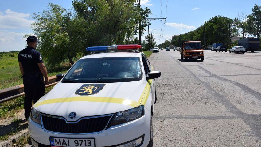 Foto: Decis! Polțiștii de patrulare nu vor mai opri șoferii fără motiv și nu vor staționa în locuri ascunse