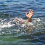 Foto: O fetiță de 8 ani, salvată de la înec pe plaja Vadul lui Vodă. Părinții n-au observat când aceasta a intrat în apă
