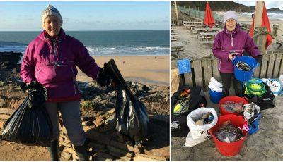 O femeie, în vârstă de 70 de ani, a curățat 52 de plaje timp de un an