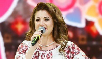 Interpreta de muzică populară Cristina Ceauș a născut un băiețel!
