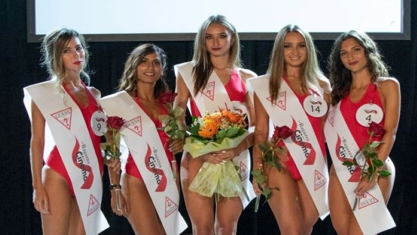 Foto: O moldoveancă a fost desemnată Miss, la un concurs de frumusețe din Italia!