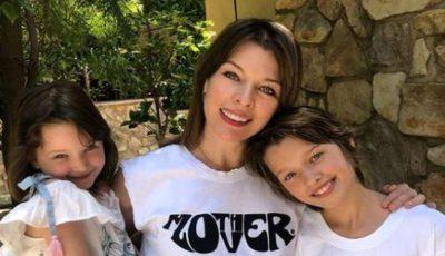 Actrița Milla Jovovich este însărcinată cu al treilea copil, la 43 de ani. Prima imagine cu burtica de gravidă