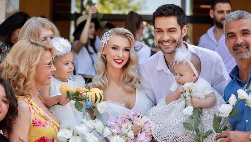 Foto: Andreea Bălan şi George Burcea s-au căsătorit la starea civilă!