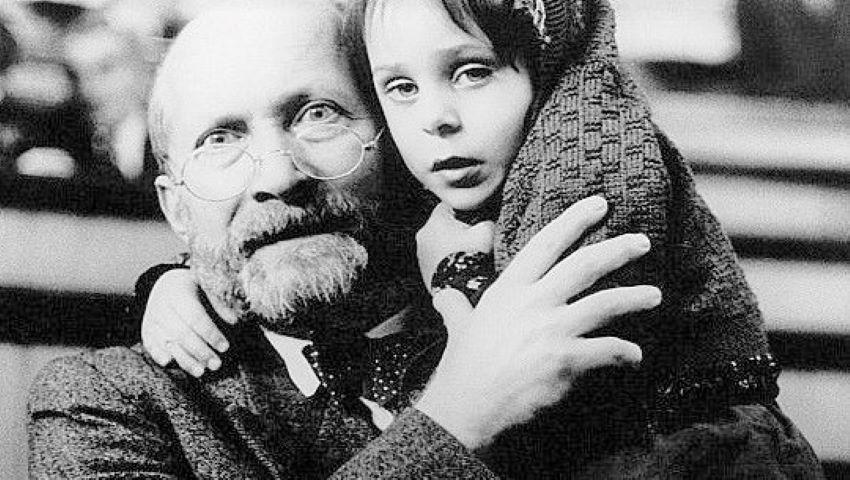 Foto: Cum să iubești un copil: 10 principii ale celebrului educator Janusz Korczak