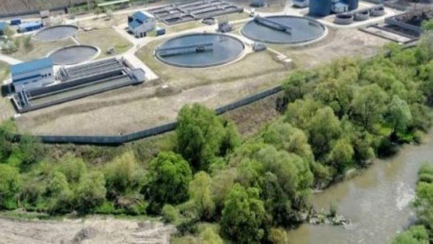 Foto: Apă-Canal, amendată cu 7,2 milioane lei. 95% din agenții economici din capitală nu plăteau taxe suplimentare pentru poluarea apelor și mediului