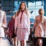 Foto: Moldova Fashion Days revine, cu noile colecții de toamnă/iarnă: peste 30 de designeri autohtoni îți prezintă tendințele în modă în acest sezon!