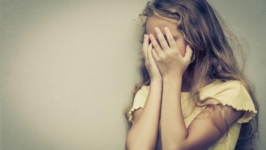 Foto: Video revoltător! O fetiță din Călărași ar fi fost snopită în bătaie de părinții adoptivi