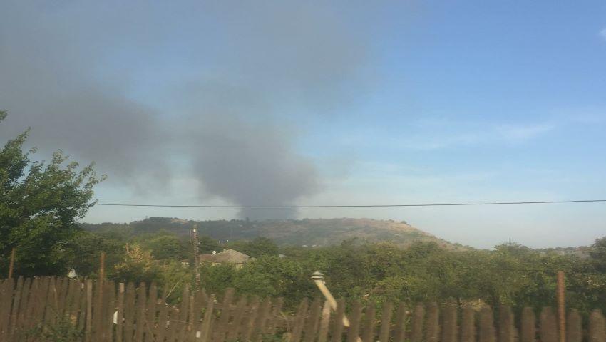 Foto: Arde și gunoiștea din Orhei! Oamenii nu mai pot respira în oraș