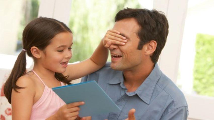 Foto: Tații au o influență mai mare decât mamele în viața fetelor