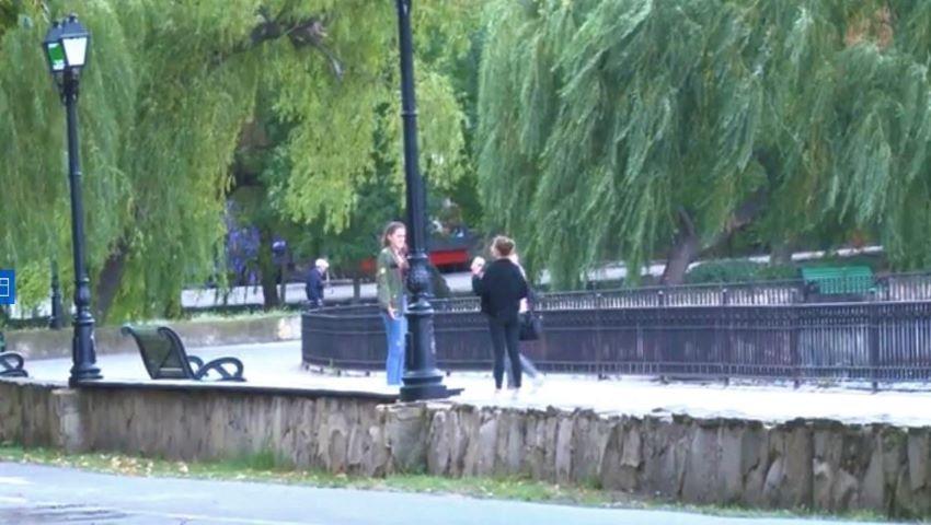 Foto: Foto. Primul veceu cu apă caldă, lavoar și oglinzi a apărut într-un parc din capitală