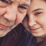 Foto: O tânără avea 16 ani cand s-a cuplat cu un bărbat de 58 de ani