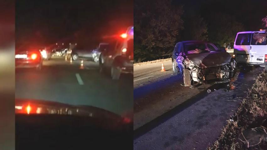 Foto: Accident violent la Anenii Noi. Patru mașini sunt complet distruse