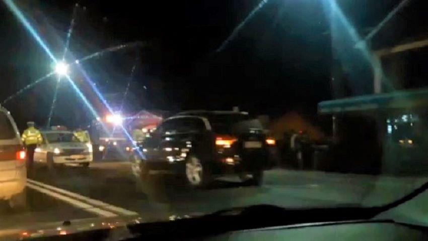 Foto: O mamă cu doi copii în mașină, beată criță la volan, pe străzile din Capitală. Video!