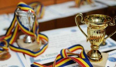 """Elevii moldoveni au câștigat medalia de aur și bronz la prestigiosul concurs """"Mathematical Danube Competition"""" din România"""