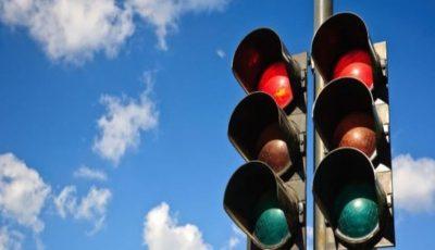 Atenție, șoferi! În centrul Capitalei, nu funcționează două semafoare