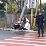 Foto: Accident groaznic la Cahul. O mașină, ruptă în două
