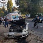 Foto: Două automobile, avariate grav în sectorul Botanica