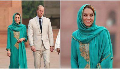 Kate Middleton, apariție surprinzătoare! Cu văl pe cap și desculță la intrarea într-o moschee islamică