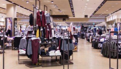 Italia: un moldovean a îmbrăcat haine de 400 de euro într-un magazin și s-a făcut nevăzut