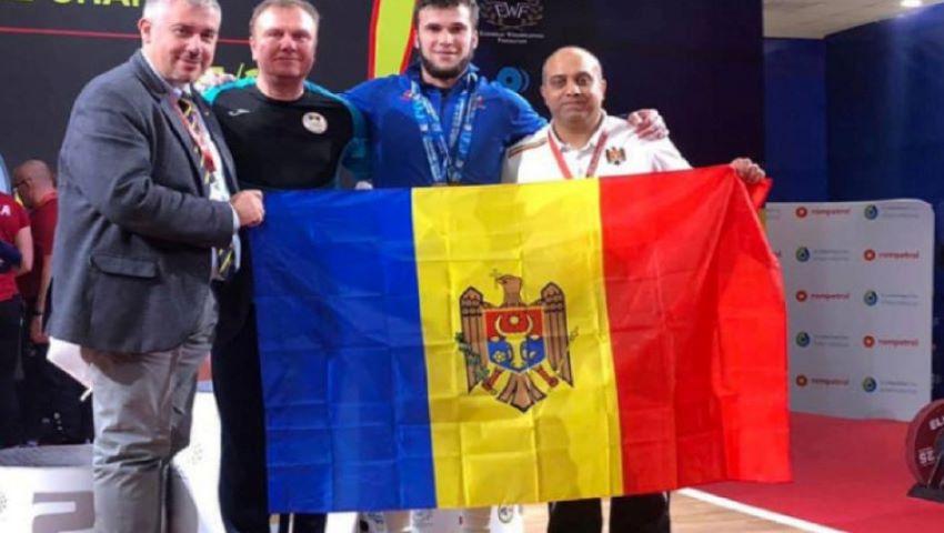 Foto: Sportivul moldovean Tudor Ciobanu a devenit campion european la haltere
