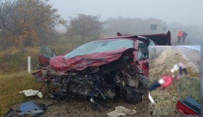 Accident la Căușeni, cu trei morți. Imagini teribile