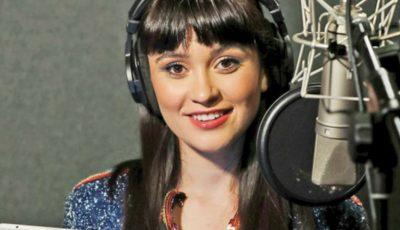 Vocea Irinei Rimes, înregistrată pentru un personaj din desenele animate ale postului TV Cartoon Network