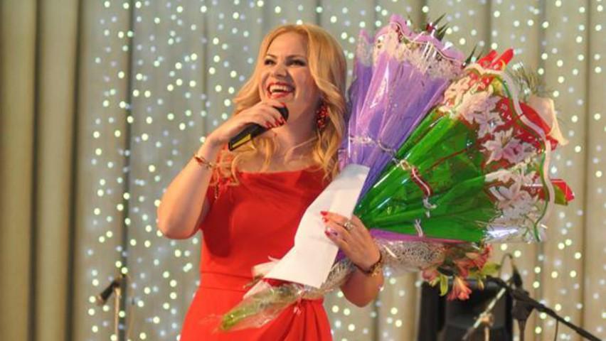 Foto: La mulți ani, Nelly Ciobanu! Artista își sărbătorește astăzi ziua de naștere