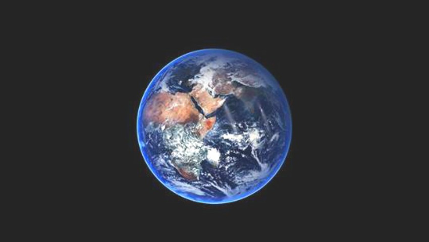 """Foto: Astăzi, planeta Pământ ,,va fi petrecută pe ultimul drum"""" cu fanfară și colaci pentru pomene"""