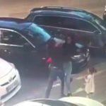 Foto: Studentele de la medicină care au bătut o mamă de față cu fetiţa ei, au fost exmatriculate