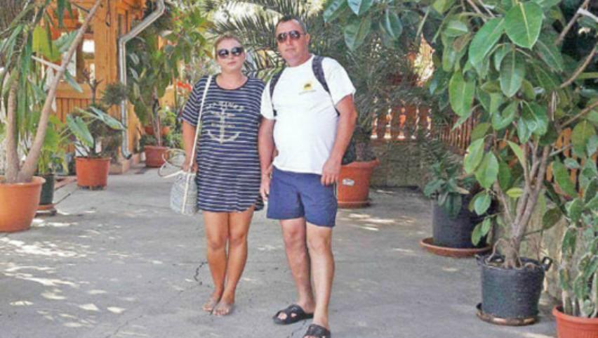 Foto: Şi-a înjunghiat soţia cu sălbăticie, convins că femeia avea un amant în străinătate