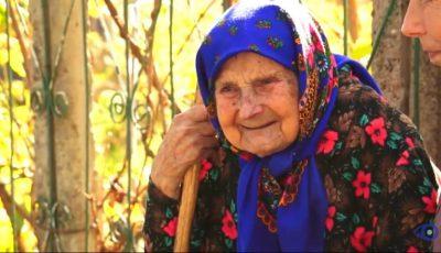 O bunicuță din Soroca împlinește astăzi 100 de ani. Femeia are o pensie de 205 lei