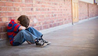 Caz șocant la Ungheni. Un băiețel a fost bătut și violat de colegii săi de școală