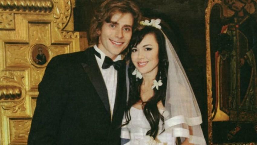 Foto: Familia Zavorotnyuk a publicat fotografii de arhivă cu actrița și soțul ei de la nuntă