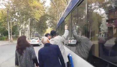 Geamul troleibuzului din capitală nu a crăpat din cauza focurilor de armă. Ce spune poliția