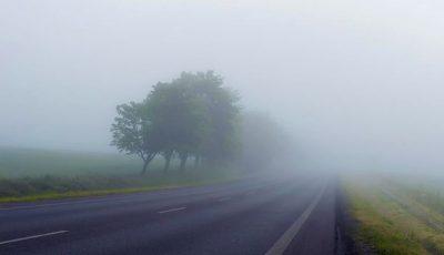 Atenție, șoferi și pietoni! În următoarele zile, va persista codul galben de ceață