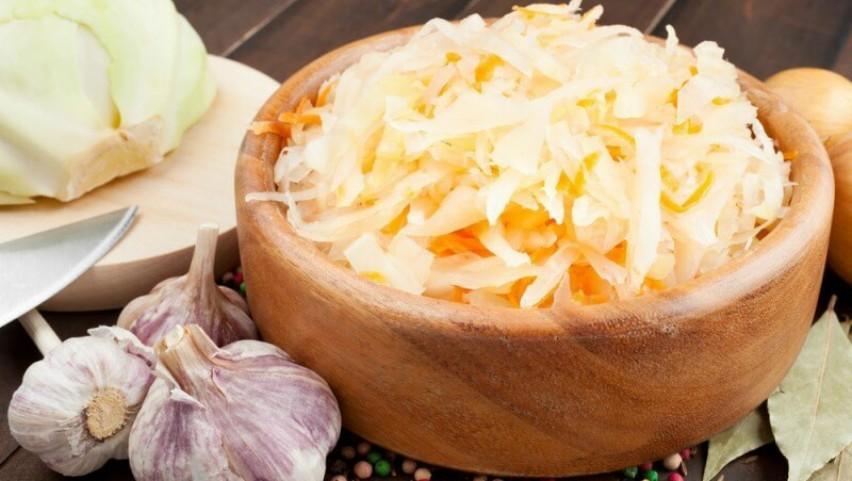 Foto: Alimente fermentate pe care să le introduci în dieta ta