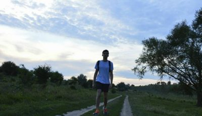 Un tânăr moldovean a pacurs deja peste 1.300 de km pe jos, călătorind prin Italia