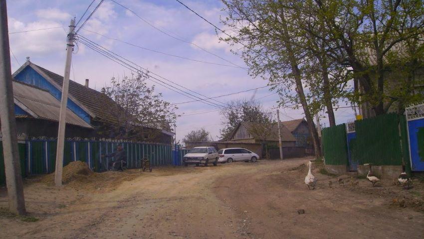 Foto: Un bărbat de 42 de ani, din Leova, a fost ucis cu sapa în cap de către un consătean