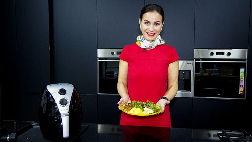 """Foto: Angela Gladei: """"Secretul în bucătărie, nu sunt ingredientele, ci partea de suflet pe care o pui în bucatele gătite"""""""