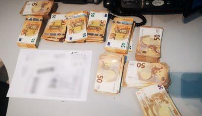 Un moldovean care transporta 50.000 de euro într-o valiză, a rămas fără bani la Aeroport
