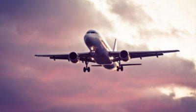 Pierdut în ceață! Un avion Blue Air a făcut 10 ore de la București la Iași