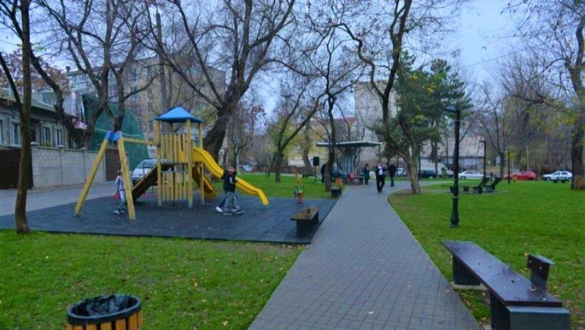 Scuarul George Coșbuc din Capitală, inaugurat după renovare. Foto!