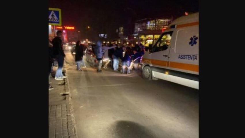 Foto: O tânără însărcinată, lovită în urmă cu puțin timp pe o stradă din Chișinău