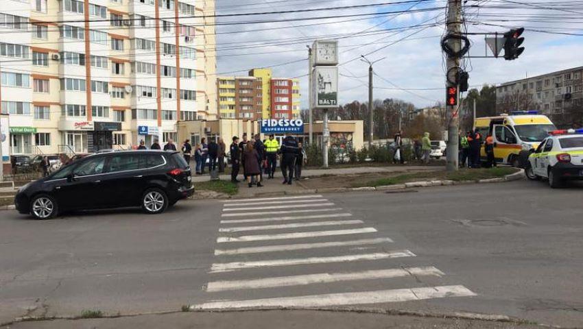 Foto: Un elev de 7 ani, lovit în drum spre casă. Momentul când își vede mama