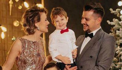 Ce familie frumoasă au soții Manciu! O ședință foto de Crăciun