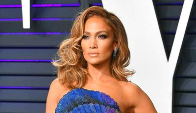 Jennifer Lopez și-a schimbat look-ul și arată fabulos