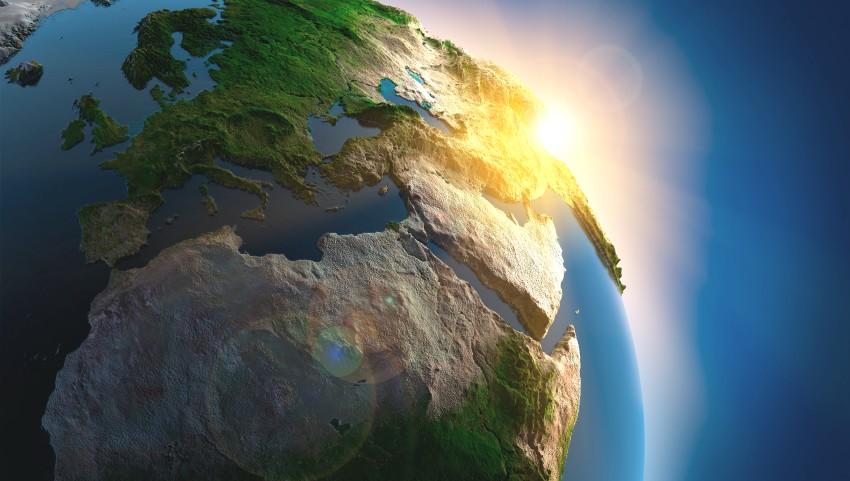 """Foto: Pe planeta Pământ a fost declarată ,,stare de urgență"""""""