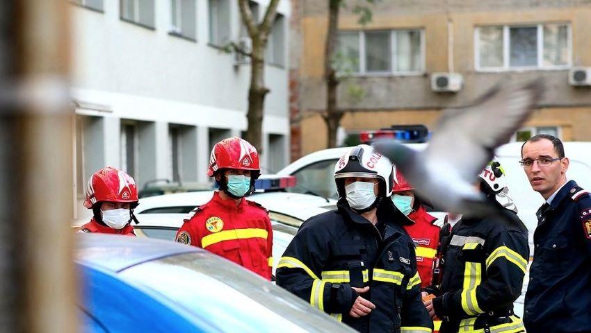 Foto: S-a identificat substanța de deratizare, care a ucis trei oameni într-un bloc din Timișoara. Totodată, un alt bloc din oraș a fost evacuat