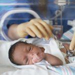 Foto: În Moldova, numărul copiilor născuţi prematur care supravieţuiesc este în creştere